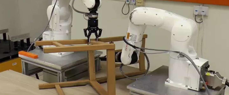 Robot uit Singapore kan IKEA-meubels in elkaar zetten