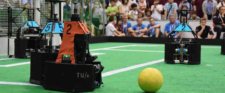 Deze Oranje Robot maakt wel een goede kans op het winnen van een WK Voetbal