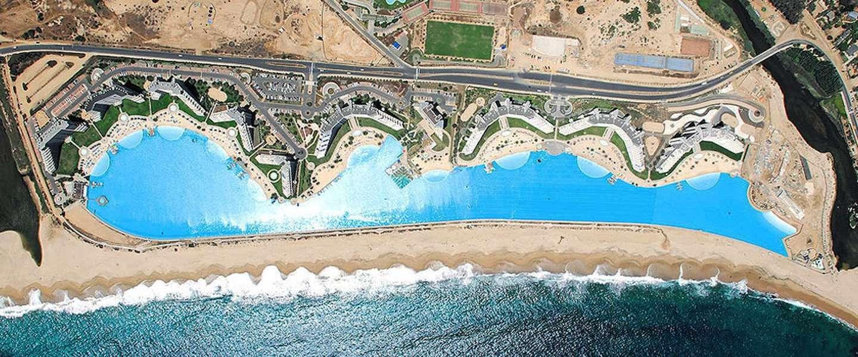 Het grootste zwembad ter wereld is meer dan een kilometer lang!