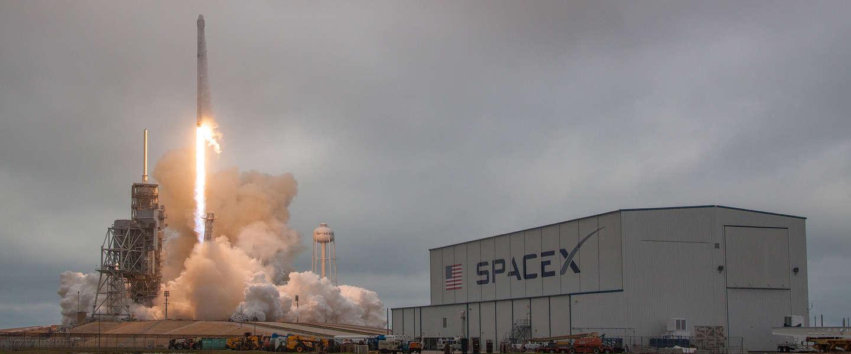 SpaceX lanceert vannacht voor het eerst een raket nóg een keer