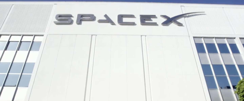 60 satellieten van SpaceX boven Nederland te zien