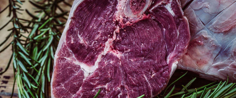 De anti-Valentijnsdag is er weer: het is Steak and Blowjob Day