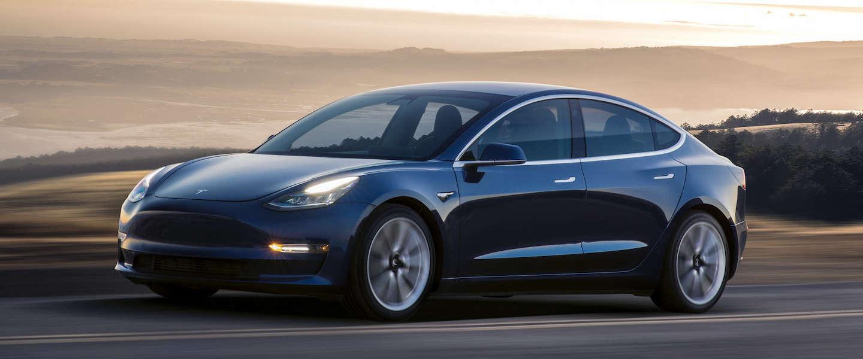 Er rijden inmiddels 2.000 Tesla's model 3 per week de fabriek uit