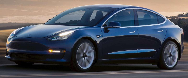 Elon Musk zet met Tesla-tweet van 9 woorden beurzen op hun kop