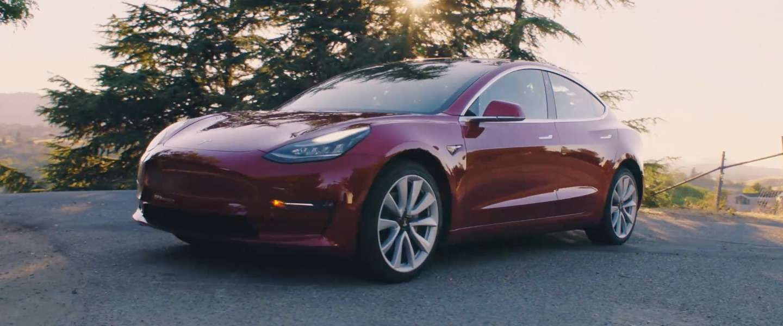 Tesla's autopilot krijgt in augustus de echt zelfrijdende upgrade