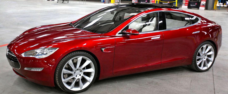 """Elon Musk kondigt """"Tesla D"""" aan"""