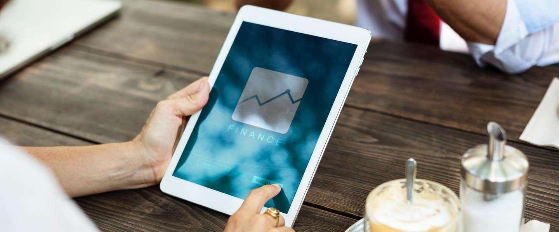 Waarom touchscreen-apparaten onmisbaar zijn in het bedrijfsleven