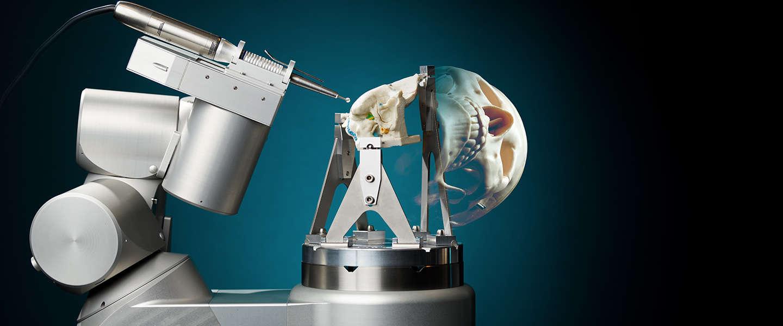 TU Eindhoven komt met operatierobot voor schedelbasischirurgie