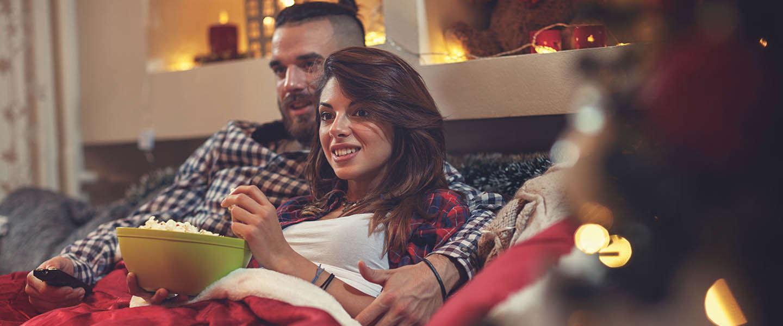 15 miljoen Nederlanders kijken 776 minuten TV tijdens feestdagen