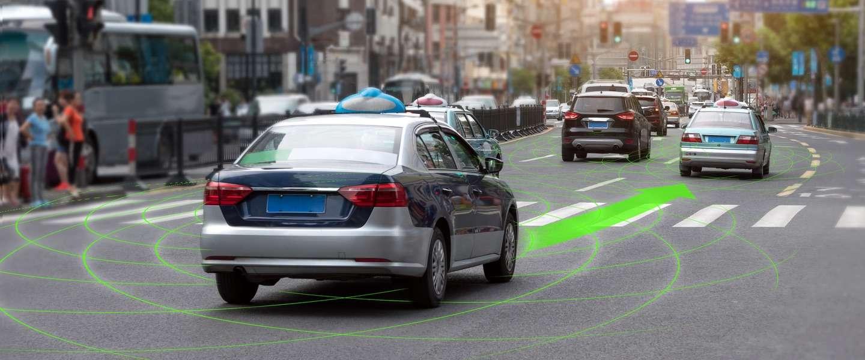 Zelfrijdende Uber rijdt iemand dood - maar wie is de schuldige?