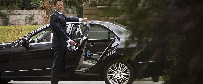 Taxidienst Uber aan banden gelegd in Duitsland