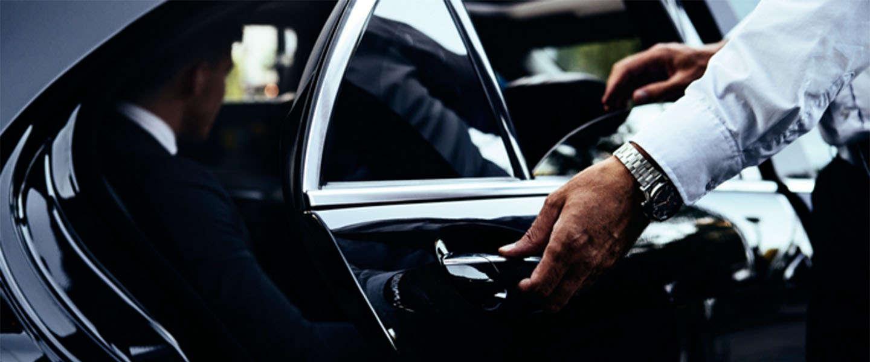 Ook zonder eigen auto kan je aan de slag als Uber-chauffeur