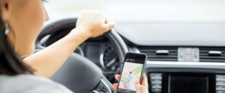 Verzekeraars willen je telefoon kunnen checken na een ongeluk