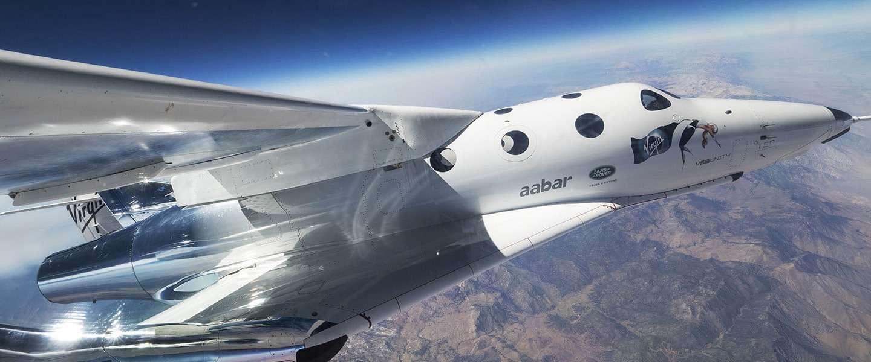 """Virgin Galactic: """"binnen het jaar toeristen in de ruimte"""""""