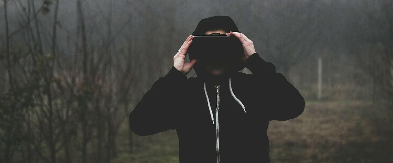 Facebook wil advertenties tonen in VR-brillen Oculus