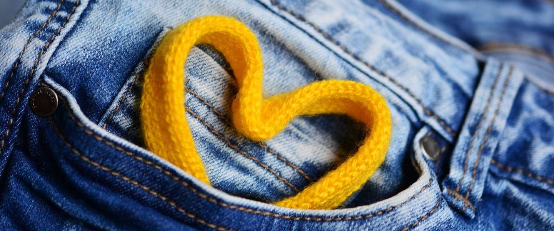24c66518e0d838 De wetenschap bevestigt  zakken in vrouwenkleding zijn te klein