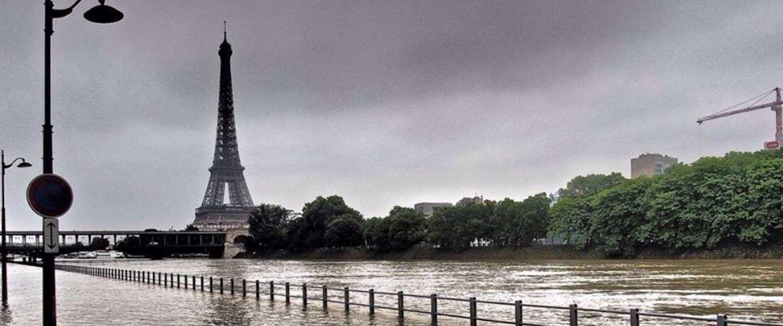 Parijs loopt onder water en niet zo'n beetje ook
