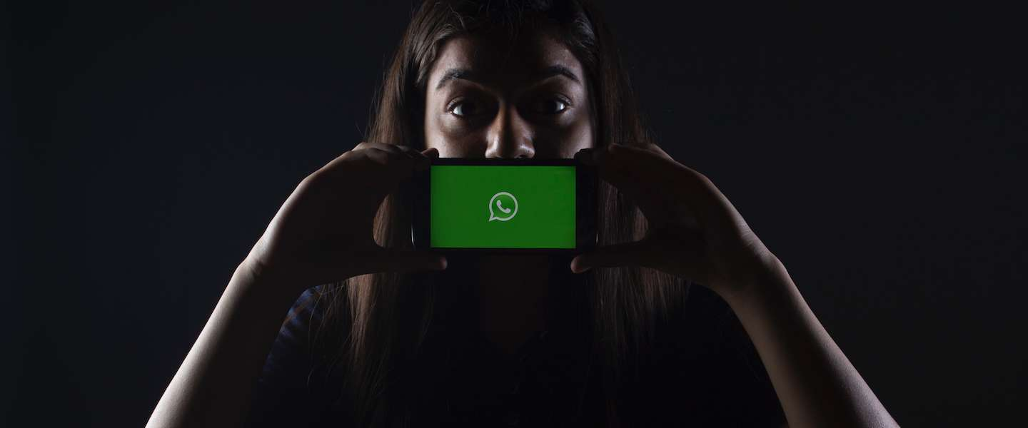 WhatsApp test optie om je status direct te delen met Instagram en Facebook