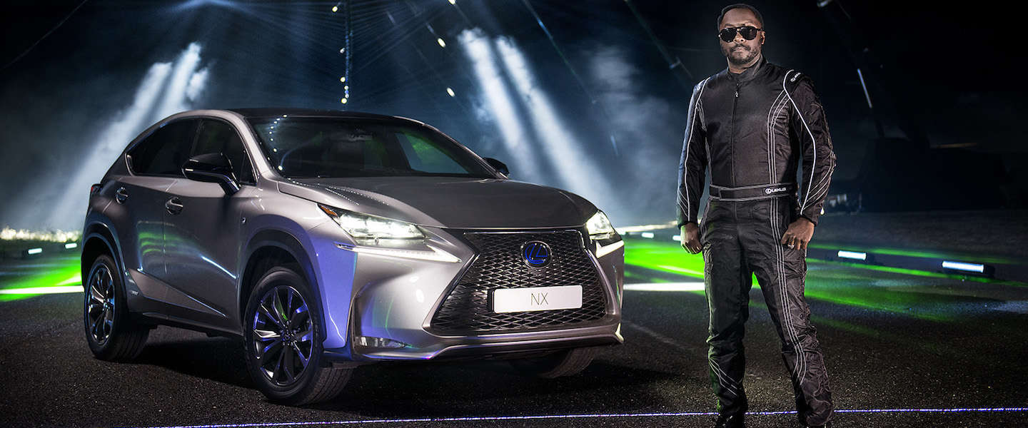 Guitar Hero met auto's: Lexus en will.i.am maken spectaculaire video