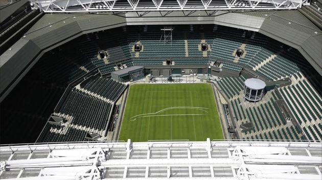 0-JaguarXF_sport_brake_Wimbledon