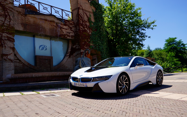BMW_i8_white