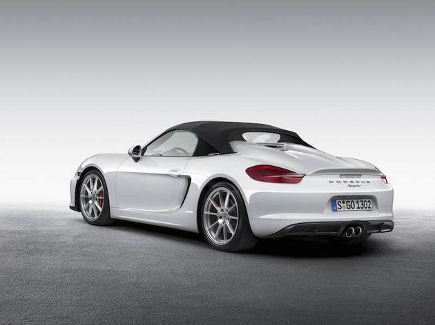 01-Porsche-Boxster-Spyder