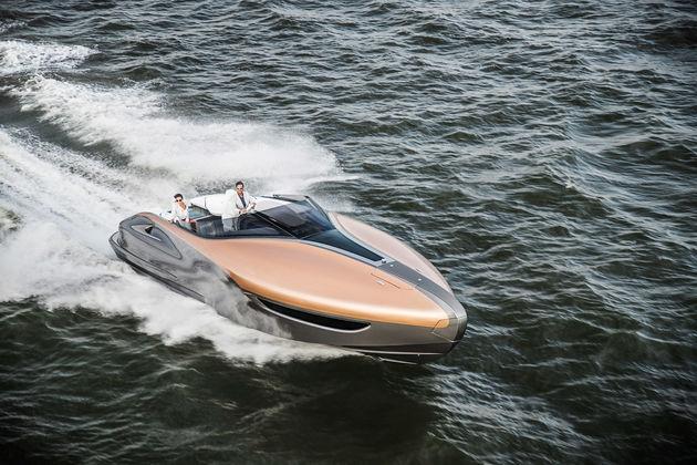 02-Lexus-Sport-Yacht