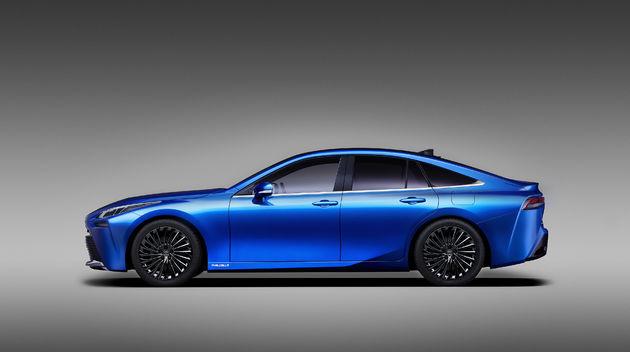 02-Toyota-met-tweede-generatie-Fuel-Cell-Mirai-op-TMS