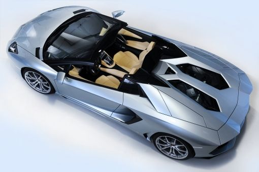 03_2012_Lamborghini_Aventador_Roadster
