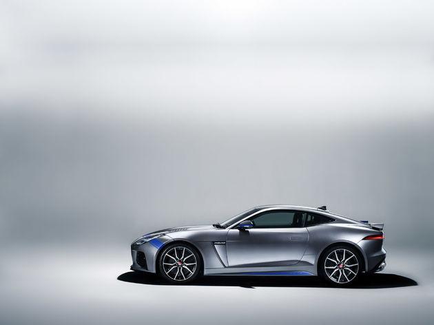 04-Graphic-Pack-Jaguar-F-TYPE-SVR