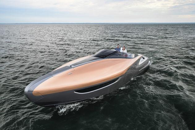 04-Lexus-Sport-Yacht