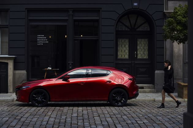 05_All-New Mazda3_5HB_EXT