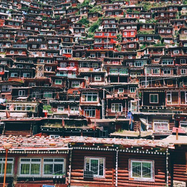 058-Shiyang-Han-Travel-3rd-950x950