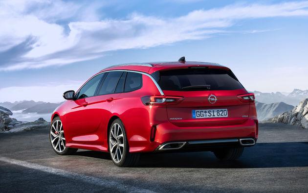 06-Imponerend-vlaggenschip-nieuwe-Opel-Insignia-GSi-debuteert-op-Autosalon-Brussel
