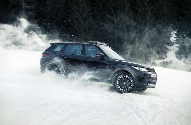 06-Jaguar-Land-Rover-partner-van-bijzondere-James-Bond-experience