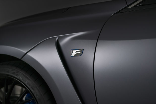 06-Lexus_RC_F_10th_Anniversary_Edition