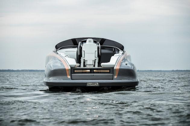 08-Lexus-Sport-Yacht