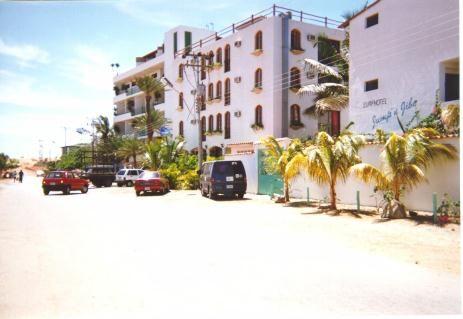 1111768135hotels