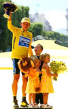 1122239028lance_armstrong