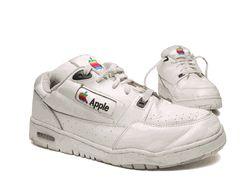 1125861403apple shoes