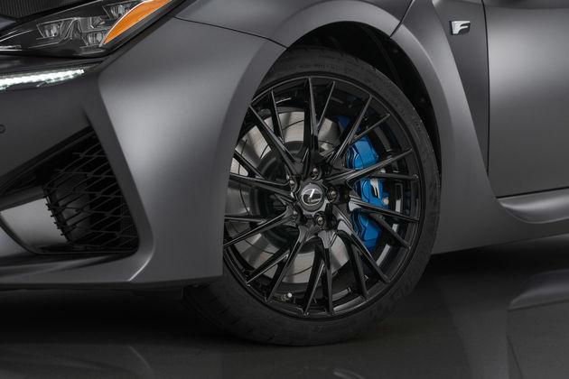 12-Lexus_RC_F_10th_Anniversary_Edition