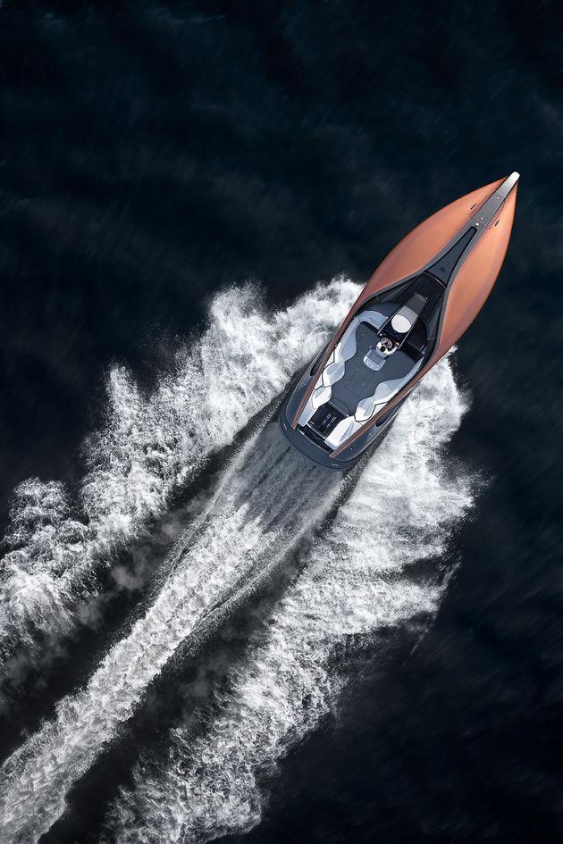 13-Lexus-Sport-Yacht