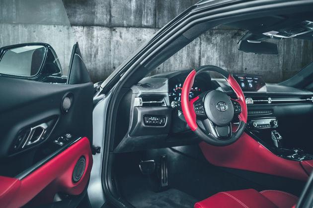 15_Toyota-Supra-Red-interior