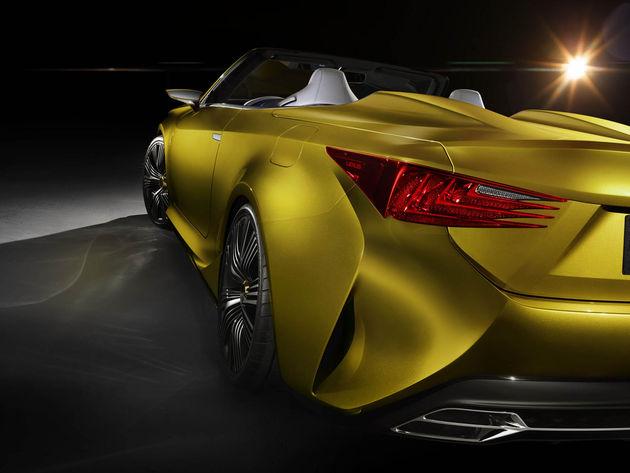 20141119_05-Dakloos-genieten-met-Lexus-LF-C2-Concept-LA-Auto-Show-Los-Angeles