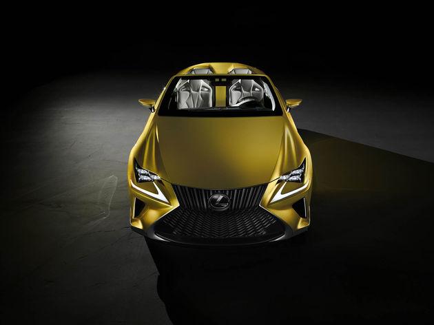 20141119_06-Dakloos-genieten-met-Lexus-LF-C2-Concept-LA-Auto-Show-Los-Angeles