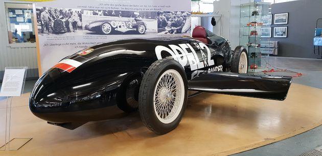 Opel_Rak_2