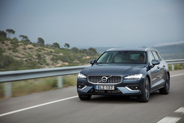 228902_New_Volvo_V60_D4_Inscription_Denim_Blue
