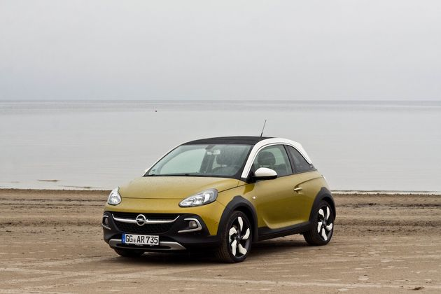 Opel_Adam_Rocks_Riga_beach_2