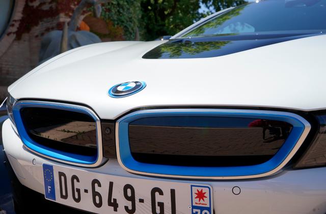 BMW_i8_grill