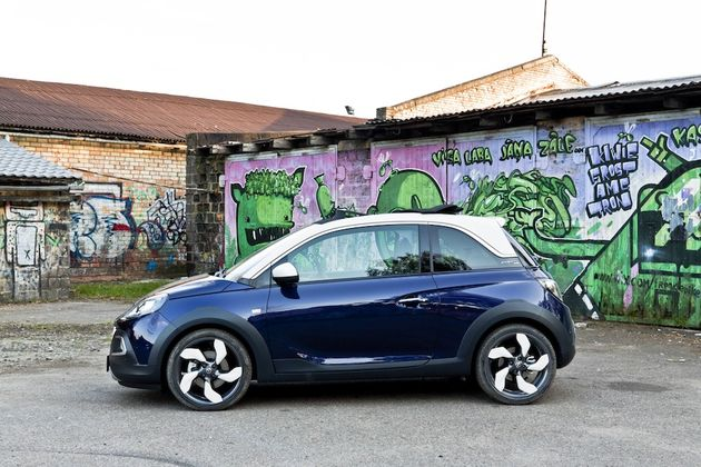 Opel_Adam_Rocks_Riga_blauw_1